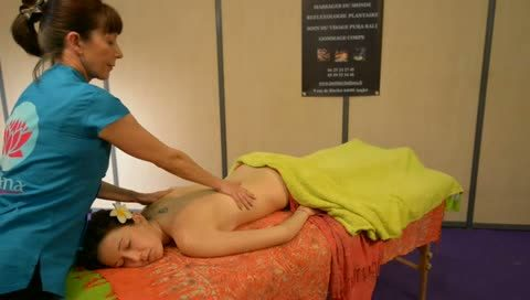 AVRIL EXPO : démonstration de massage